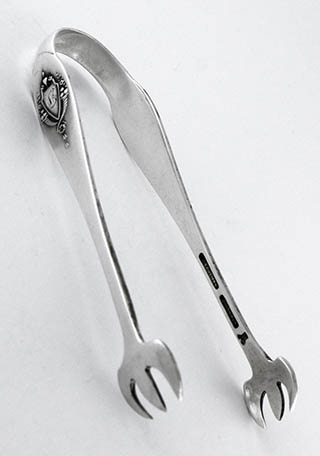 #80419 - Mount Vernon by Lunt SUGAR TONGS MONO G