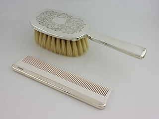 #35358 - Comb And Brush Sets by C Thomae & Sons CT #T438-L GIRLS ENGRAVED 2 PC