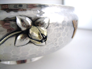 #65504 - Mixed Metal by All Makers GOR#1730 BOWL BUTTERFLY/GRAPEV