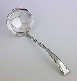 #8741 - Serenity by International GRAVY LADLE