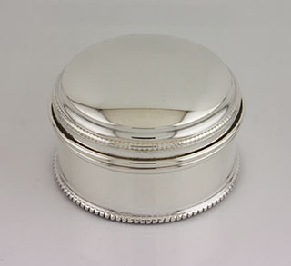 #87539 - Silver Boxes, All Silver by Francis Howard, Ltd F.Howard #M097 Medium Bead Box