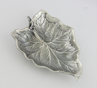 #88703 - Place Card Holders by Buccellati ARUM LEAF Place Card Holder