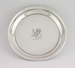 #90486 - Mint Dishes by All Makers U/K PLAIN ROLLED EDGE W/LION